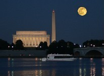 Monuments by Moonlight cruises