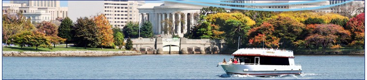 Cruising on the Potomac